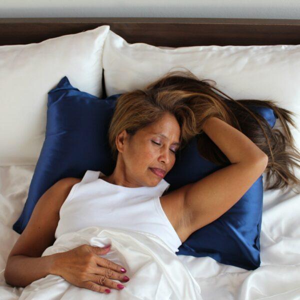 blue mulberry silk pillow case